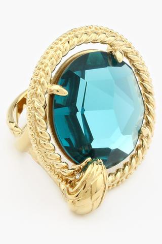 кольцо с камнем бирюза